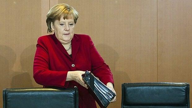 German Chancellor Angela Merkel met with David Cameron to discuss the euro crisis on Thursday.