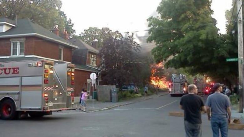 $1M fire in 2 Old Ottawa South homes | CBC News