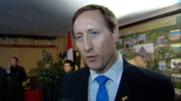 ns-peter-mackay-mi