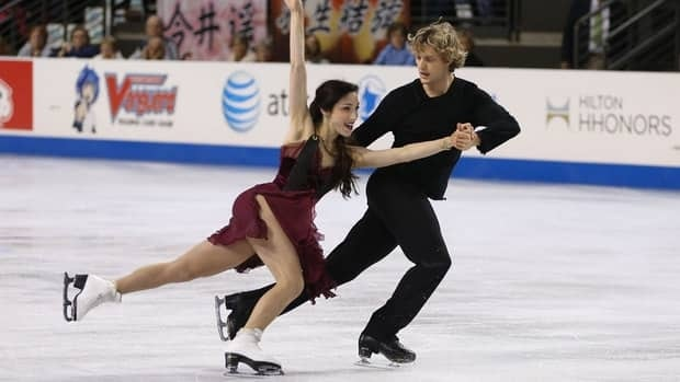 Meryl Davis, left, and Charlie White perform in Sunday's free dance.