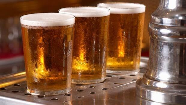 beer-pints-istock-852-8col