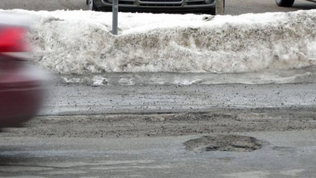 It's been a relatively smooth start to pothole season in Sudbury, thanks to the freezing temperatures that are sticking around. But Sudburians may be in for a long, bumpy ride this year.