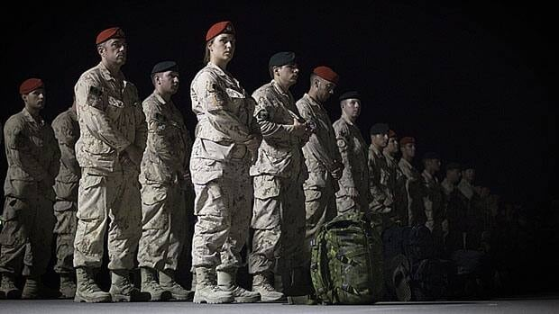 li-troops-00898813