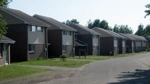 mi-lakehead-townhouses-300