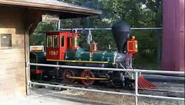 mi-steam-train