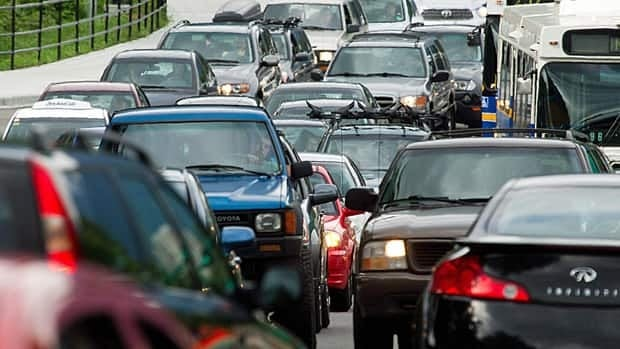 Long commutes faced by motorists harm cardiovascular fitness, fat and blood pressure, researchers say.