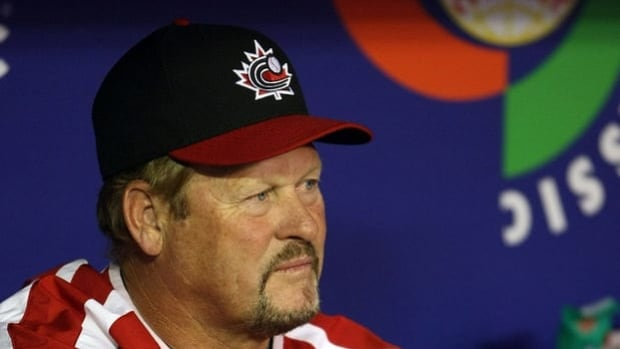 Ernie Whitt, shown here at the 2009 World Baseball Classic, will manage Team Canada for a third time at the tournament.