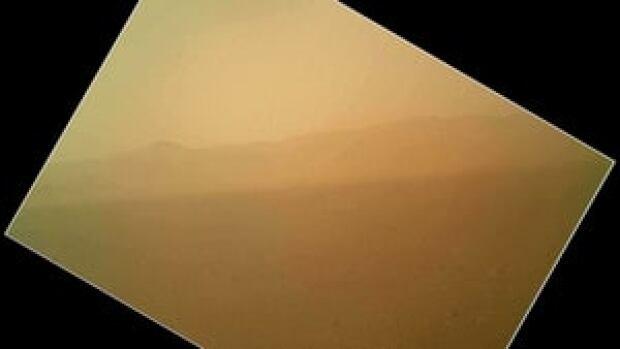hi-mars-curiosity-03079458-4col