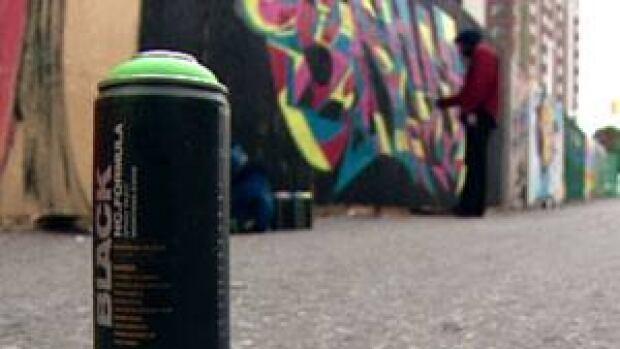 mi-ott-spray-paint300