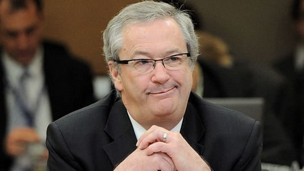 Chief electoral officer Marc Mayrand told a parliamentary committee Thursday that Elections Canada is reviewing 800 legitimate complaints about improper phone calls from the last election. The complaints cover 200 ridings.