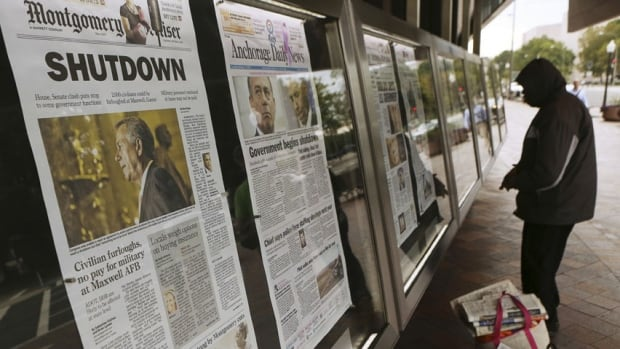 hi-us-shutdown-newspapers