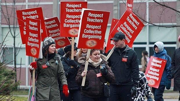 Public elementary school teachers on Monday began rotating one-day strikes across Ontario.