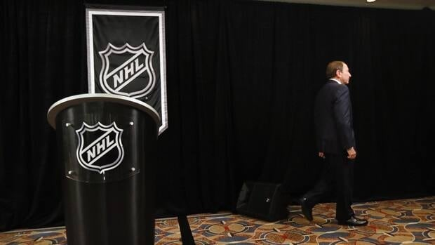 How would a debate between NHLPA executive director Donald Fehr and NHL commissioner Gary Bettman, pictured, play out?