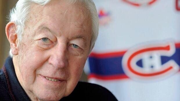 Montreal Canadiens hockey legend Jean Béliveau, at his home in St. Lambert, Que., in 2009.