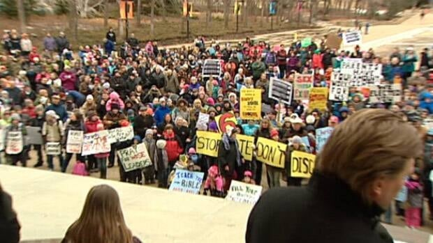 Hundreds of people showed up at the Alberta legislature on Monday to protest the province's new education act.