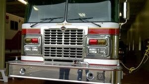 pe-hi-northriver-fire-truck-4col