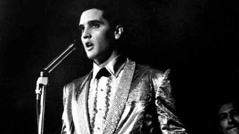 Elvis Presley hologram follows likeness of Tupac | CBC News