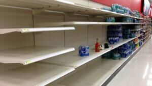 si-storm-isaac-tampa-store-300-cbc