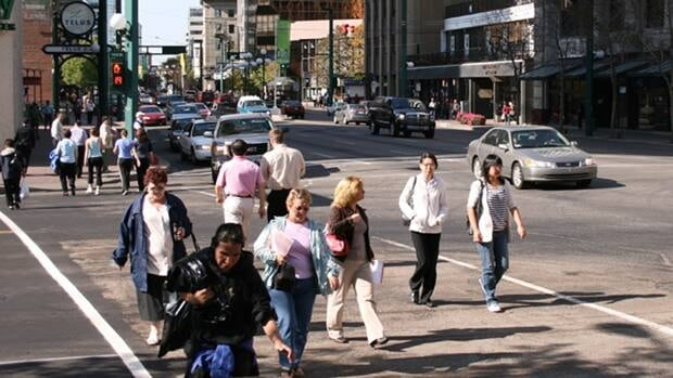 The 2011 population of the Edmonton area was 1,159,869, compared with 1,034,945 from the 2006 census.