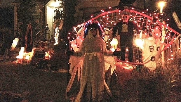 A yard in Winnipeg's St. Boniface neighbourhood is fully decorated for Halloween on Oct. 31.