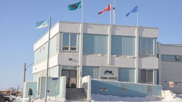 The Town of Inuvik, N.W.T., is mulling using a siren to get youth to obey a curfew bylaw.