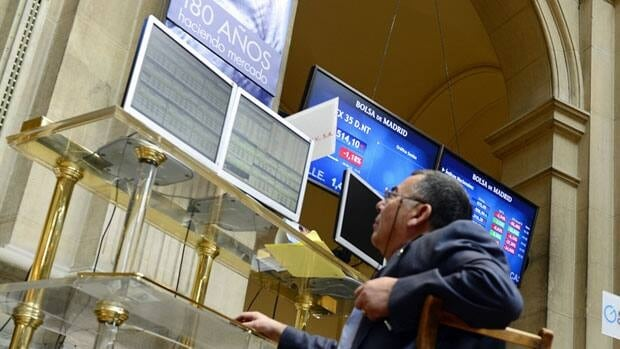 Stocks fell on Madrid's stock exchange Monday after the cost of borrowing for Spain for 10 years rose above seven per cent.