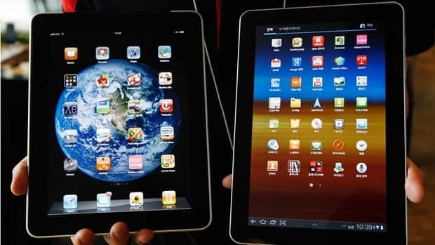 Manufacturers of mobile devices either use a proprietary operating system, which is found in Apple iPad (left), or an open-source system like the Samsung Galaxy (right) which runs on Android.