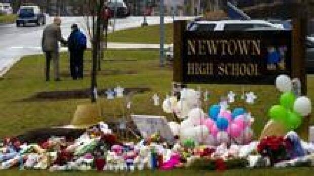 220-newtown-memorial-rtr3bp