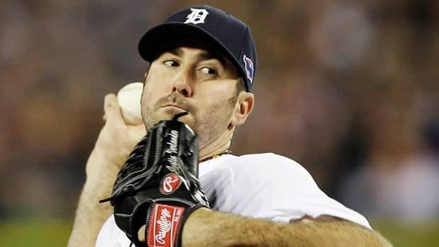 Justin Verlander delivers for Detroit during Game 3 of the American League Championship Series.