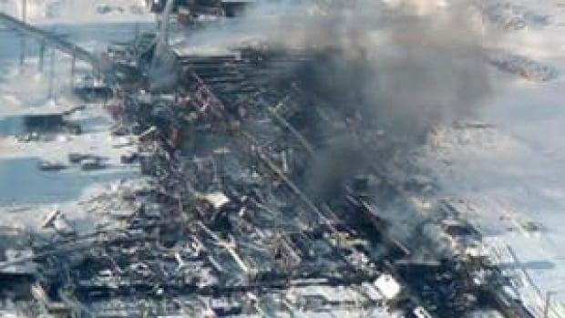 hi-bc-archive-burns-lake-mill-aerial-4col
