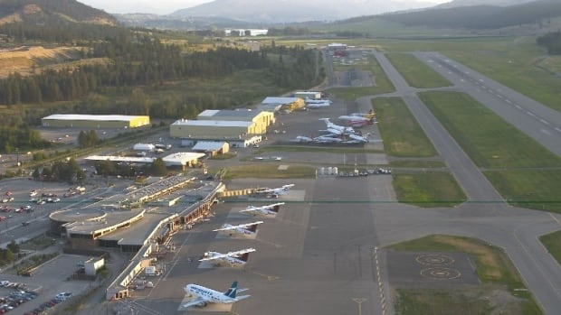 B.C. air traffic controllers warn post-pandemic staff shortages threaten safety, service