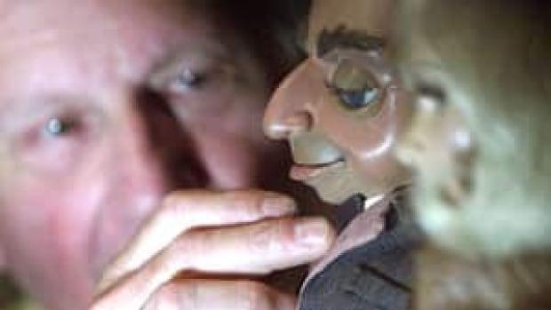 ii-gerry-anderson-thunderbirds-puppet