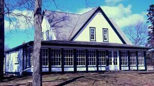 pe-hi-macphail-homestead-4col