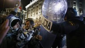 hi-euro-protest-cp-rtr3af02