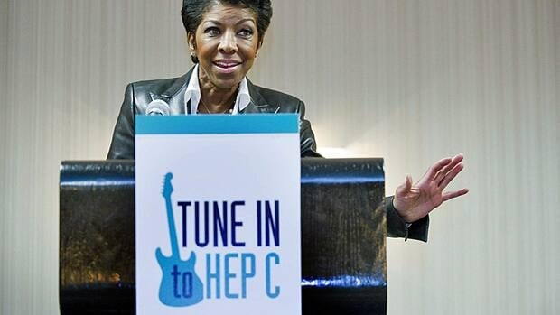 Singer Natalie Cole, who has chronic hepatitis C, has encouraged people to talk to their doctor about testing and treatment.