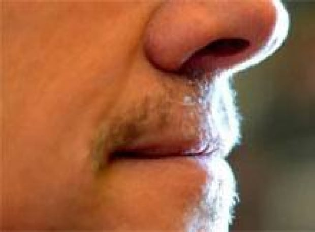 pe-si-bradwall-moustache