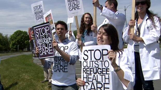 Medical students protested Monday against a pending cut to the Interim Federal Health Program.