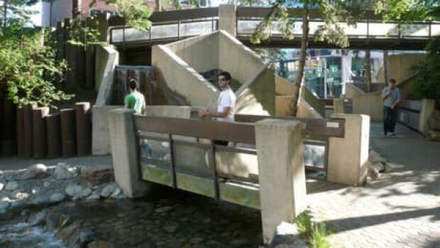 hi-century-gardens-6col