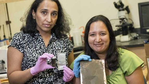 Rice University researchers Madhuri Thakur, left, and Sibani Lisa Biswal are testing anodes using powdered silicon that can be spread on current collectors in lithium-ion batteries.