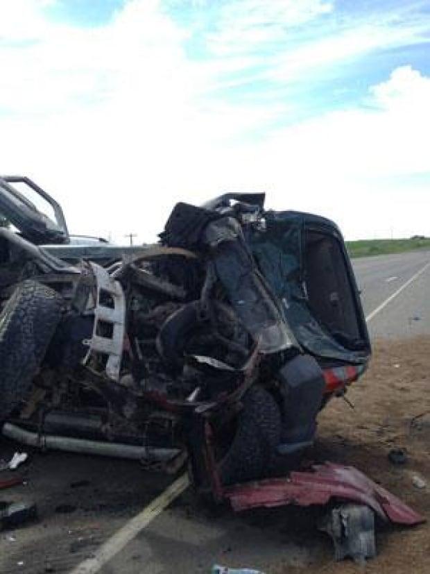 pic-300-mb-crash-highway10