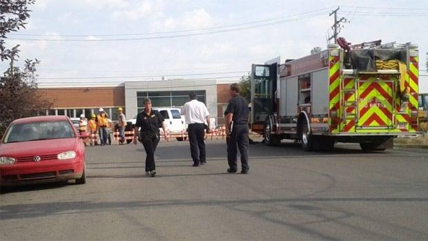 Crews were scrambling Wednesday morning after a gas line was ruptured in a Regina neighbourhood.