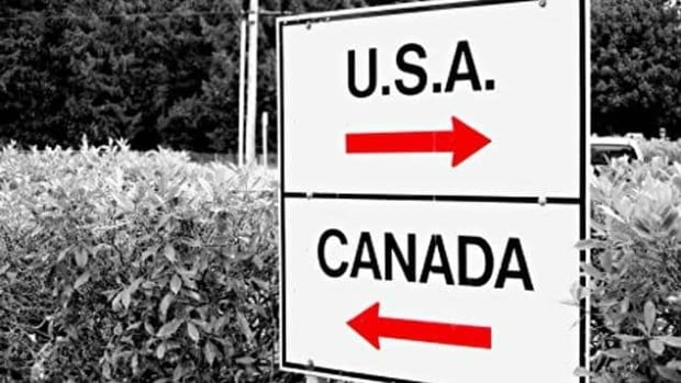Travellers can expect long wait times during the holiday season at the U.S.-Canada border.