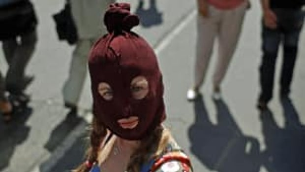 si-protest-russia-300