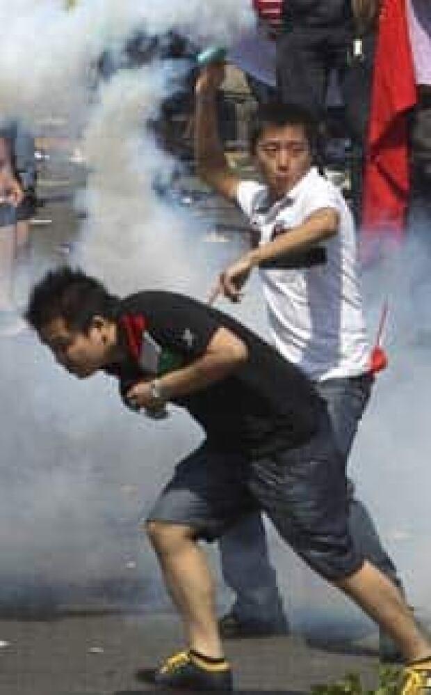 si-200-china-japan-protests