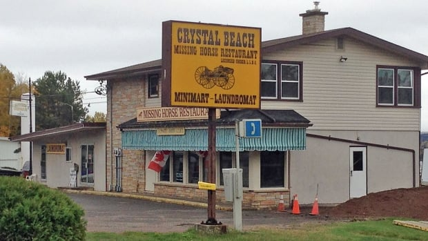 The Crystal Beach Roadhouse outside Thunder Bay has closed its doors after 60 years in business.
