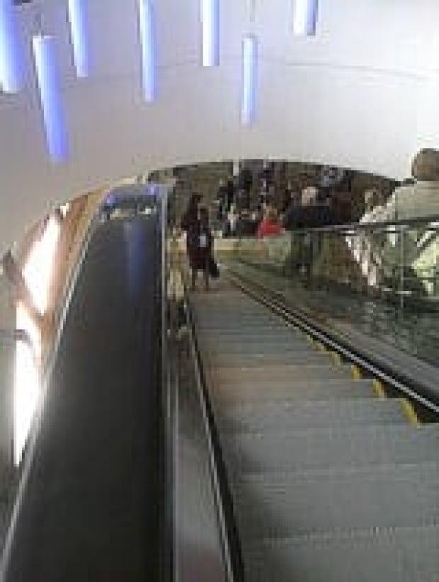 escalator-160