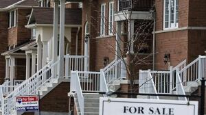 The average Canadian mortgage had $158,894 remaining on it at the end of June, CMHC says.