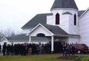 pe-ip-220-maclean-funeral-exit