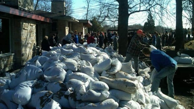 The City of Winnipeg says it does not anticipate a need for sandbags this weekend.