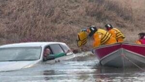 fi-creek-rescue110427